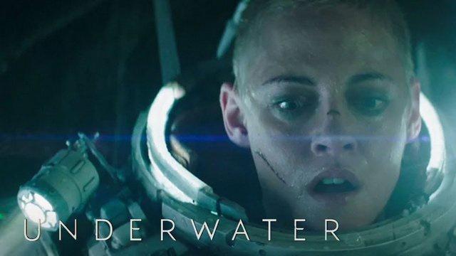 Underwater-kristen-stewart