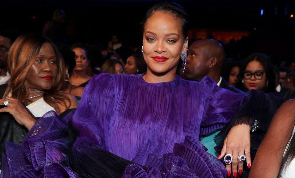 Rihanna trophée naacp 2020