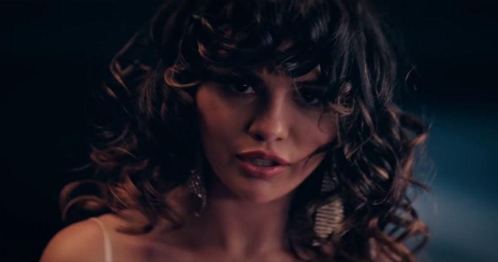 Selena Gomez - Dance Again